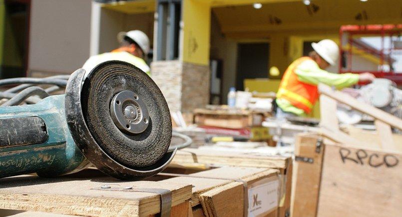 Como funciona a locação de equipamentos para construção civil?