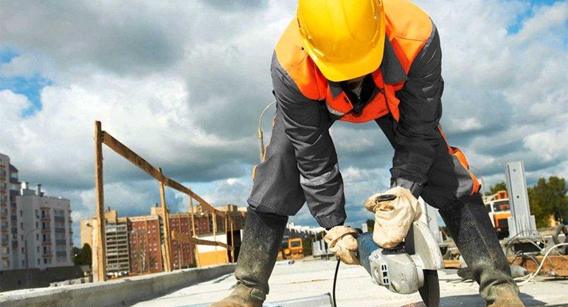 Aluguel de máquinas para construção civil: vale a pena?