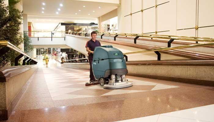Lavadora automática de piso: o que é e quais seus processos de limpeza?