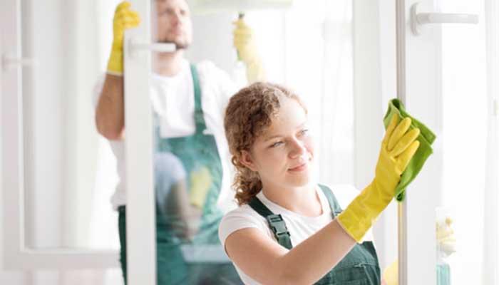 Cuidados de limpeza empresarial essenciais no verão